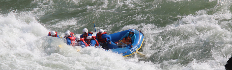tamur river rafting in nepal